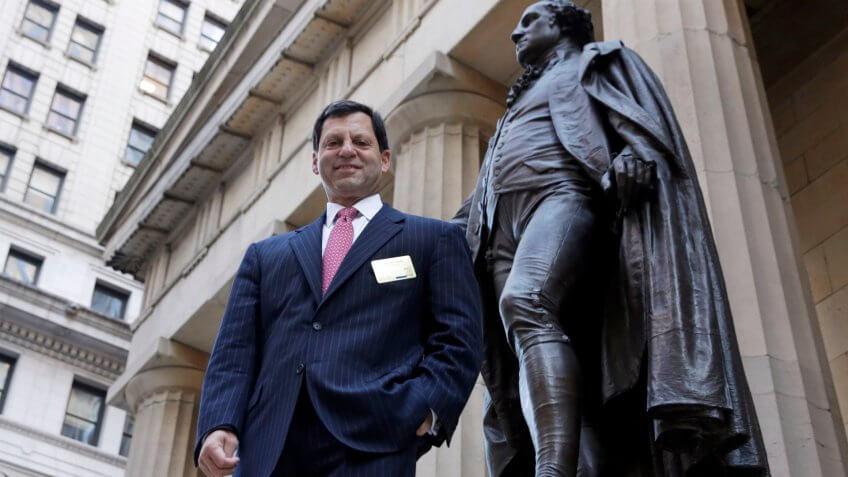 Photo by Richard Drew/AP/REX/Shutterstock (5956645b)Frank Bisignano, George Washington statue First Data Corp.
