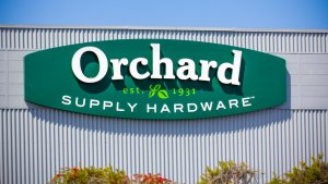 Lowe's Plans $400 Million Shutdown of All Orchard Supply Stores