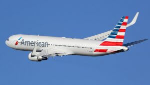 How to Decide Which American Airlines Credit Card You Should Apply for