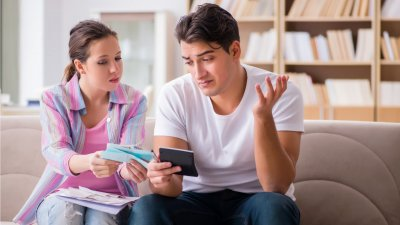 3 Ways Your Money Habits Are Ruining Your Relationship