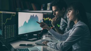 5 Best Investment Brokers That Will Make the Most Out of Your Money