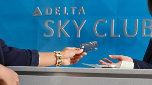 American Express Delta SkyMiles Cards: Which One Is Right for You?