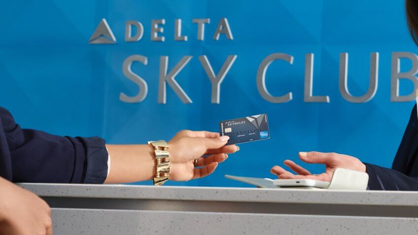 Gold Delta SkyMiles Credit Card Review: Perks for Delta Flyers