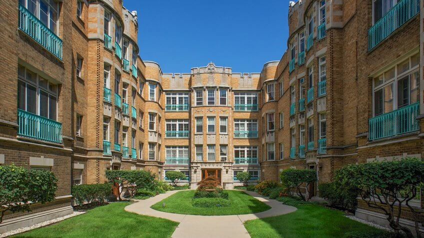 The University of Chicago is a private research university in Chicago, IL.