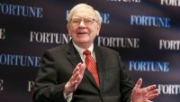 5 Warren Buffett Investment Tips for When Rates Go Negative