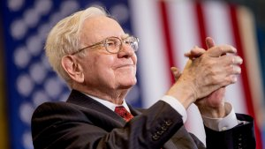 Warren Buffett Once Again Proves He's Got a Huge Heart