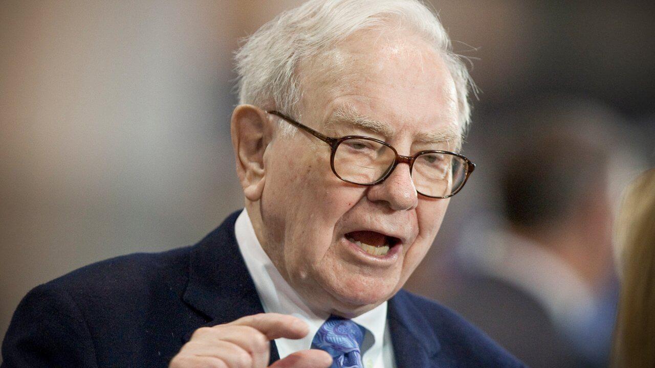 Warren Buffett Proves 'Bad News Is an Investor's Best Friend'
