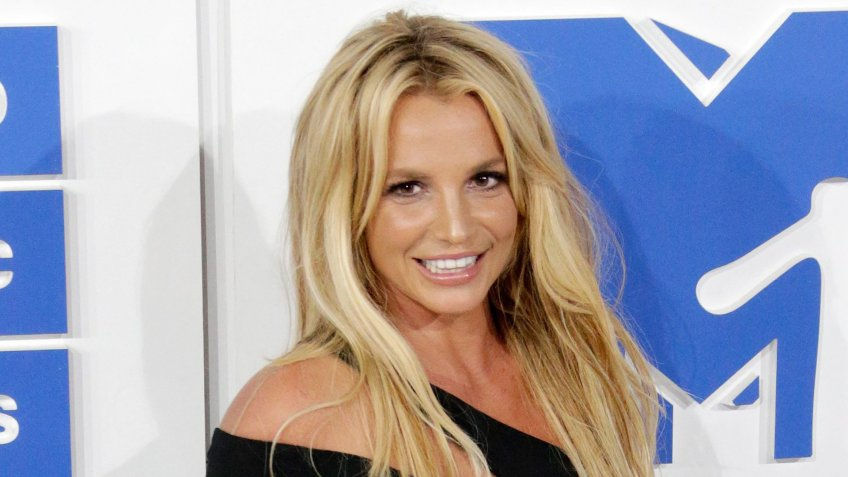 Mandatory Credit: Photo by Jason Szenes/Epa/REX/Shutterstock (7934759al)Us Singer Britney Spears Arrives on the Red Carpet For the 33rd Mtv Video Music Awards (vma) at Madison Square Garden in New York New York Usa 28 August 2016 United States New YorkUsa Mtv Video Music Awards 2016 - Aug 2016.