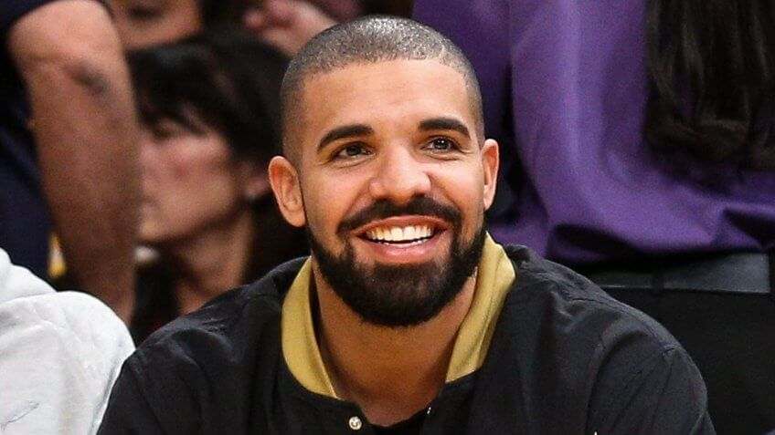 Mandatory Credit: Photo by John Salangsang/Invision/AP/REX/Shutterstock (9061824u)Rapper Drake attends the game between the Los Angeles Lakers vs.