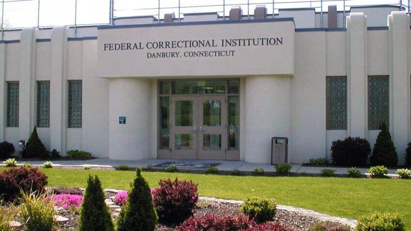 Connecticut Federal Corrections Institute Danbury