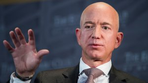 Jeff Bezos' $10M Midterm Donations Make Him Top S&P 500 Donor