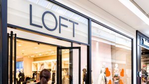 4 Ways to Pay Your LOFT Credit Card