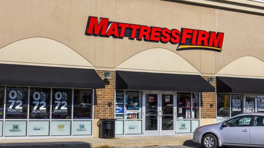 Kokomo - Circa November 2016: Mattress Firm Strip Mall Location.