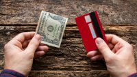 How to Get Cash From a Credit Card