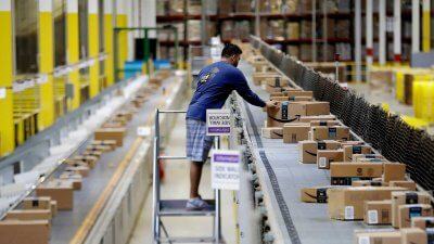 Amazon Gets Rid of Bonuses and Stocks for Workers Right After Increasing Wages
