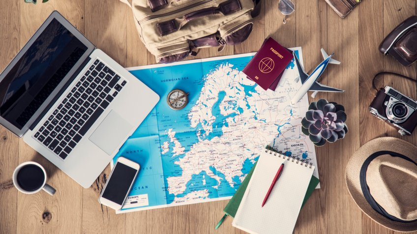 6 Reasons to Skip Christmas and Travel Instead