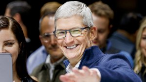 Were These 11 CEOs Naughty or Nice This Year?