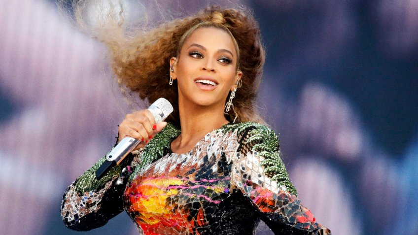 Photo by PictureGroup/REX/Shutterstock Beyonce Knowles Beyonce and Jay-Z in concert, 'On The Run II Tour', Cologne, Germany - 03 Jul 2018