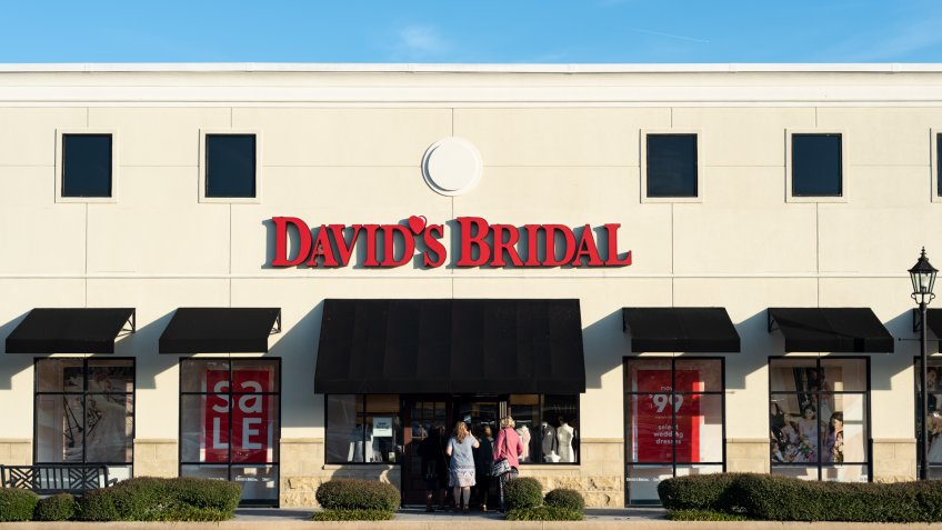 David's Bridal outdoor storefront on Gunbarrel Road in Chattanooga, Tennessee,USA.
