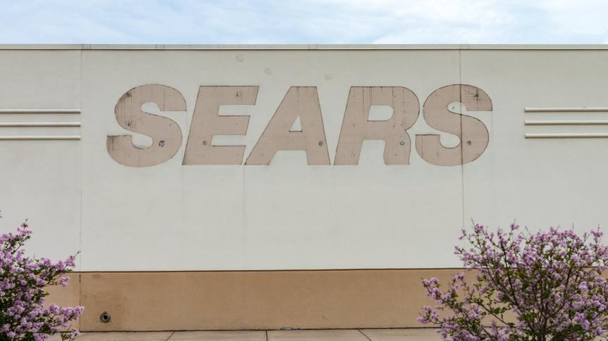 SAINT CLOUD, UNITED STATES - May 30 2018: A closed Sears retail store, located at Crossroads Center mall, sits vacant.