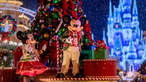 The 19 Best Holiday Activities at Disneyland and Disney World — and How Much They'll Cost