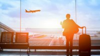 Save Money on Holiday Travel and Fly on These Days