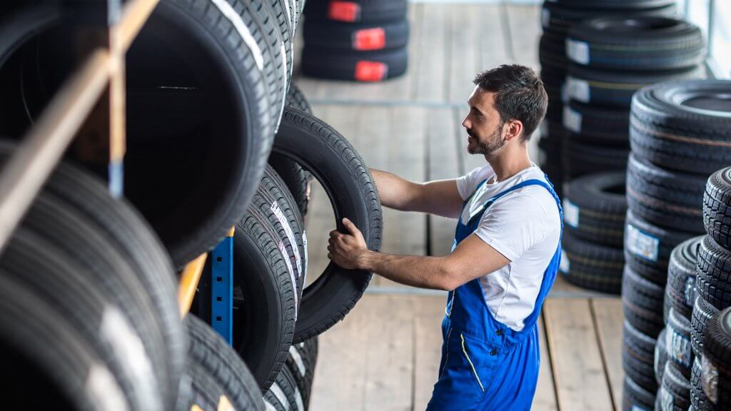 Synchrony Bank Discount Tire >> 5 Ways To Pay Your Discount Tire Credit Card Gobankingrates