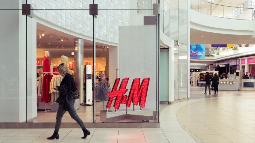 H&M in Del Amo Fashion Center
