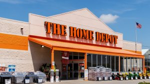 10 Stocks to Avoid From Home Depot and Other Companies You Didn't Know Were Struggling