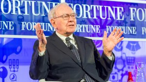 Warren Buffett Measures Success With This Four-Letter Word