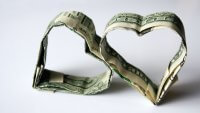 Americans Would Choose Money Over Love in 2019, Survey Finds