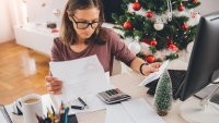 5 Tips to Avoid Massive Holiday Debt