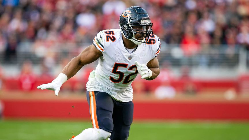 Chicago Bears outside linebacker Khalil Mack (52) in action during the NFL football game between the Chicago Bears and the San Francisco 49ers at Levi's Stadium in Santa Clara, CA.