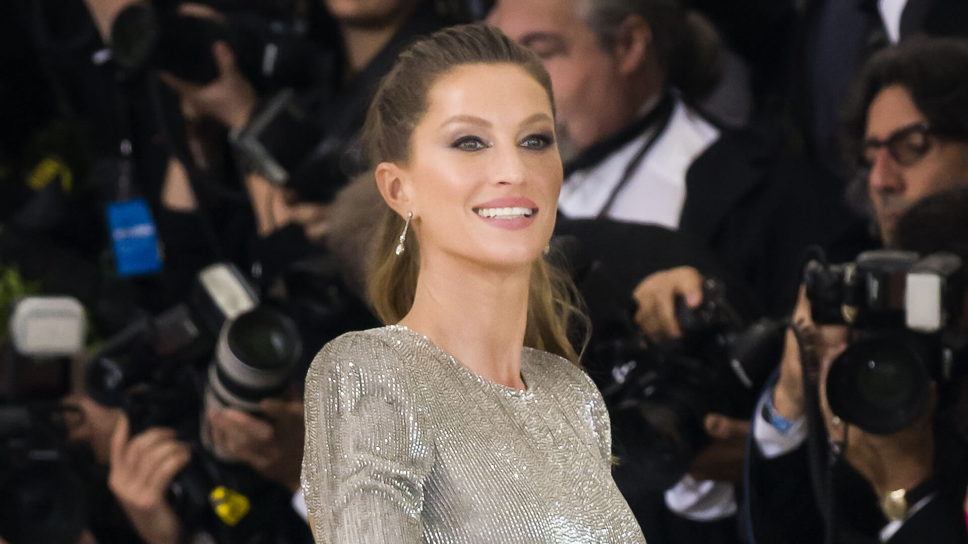 Gisele Bündchen Net Worth: See How Mrs  Brady's Fortune