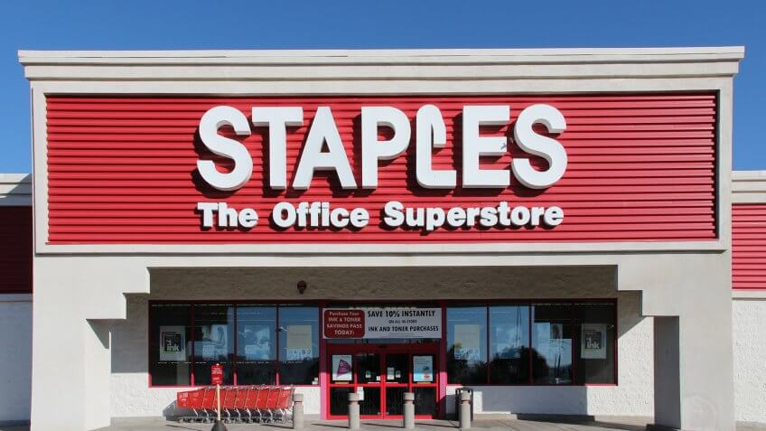 RIDGECREST, UNITED STATES - APRIL 13, 2014: Staples Office Superstore in Ridgecrest, California.