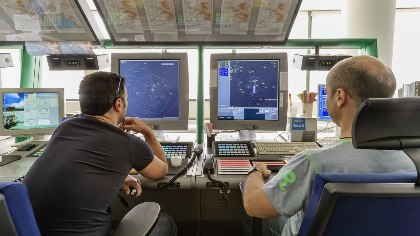 air traffic controller workers