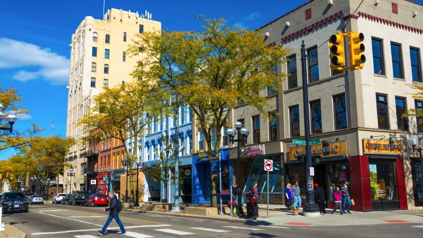Ann Arbor Michigan is a nice small town to retire in