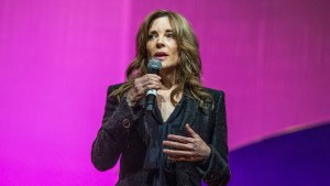 Spiritual Adviser, Best-Selling Author and Next POTUS? A Look at Marianne Williamson's Wealth