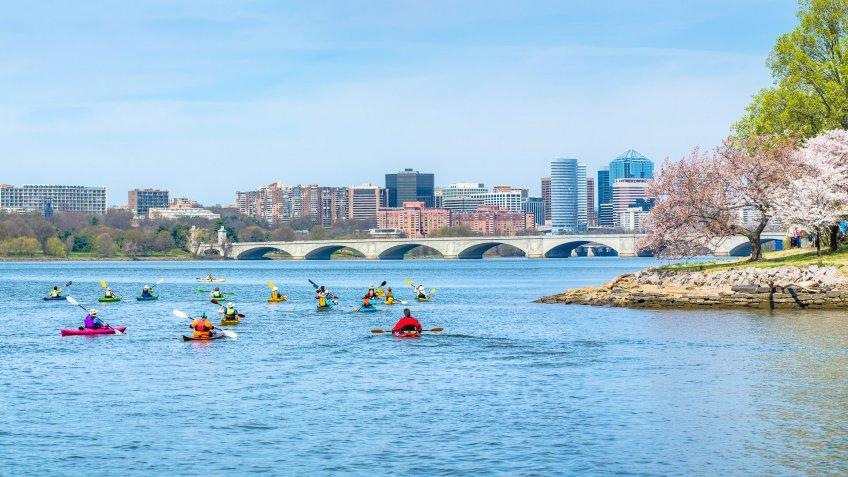 kayakers in Potomac River in Arlington Virginia