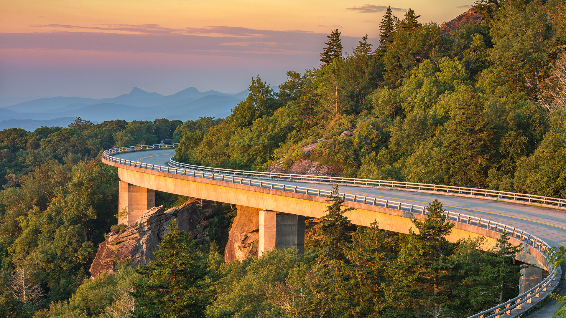 America's Best Road Trips on a Budget