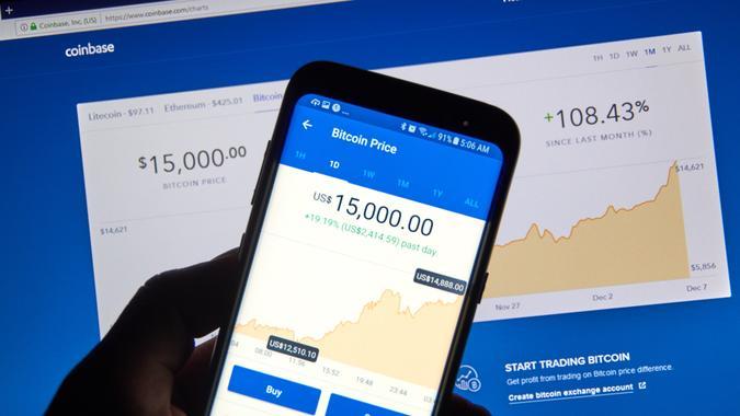 Coinbase app showing Bitcoin price at 15000 dollars