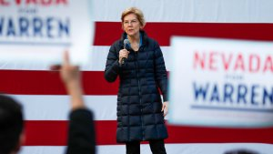 How to Budget Your Paycheck Like Elizabeth Warren and Jean Chatzky