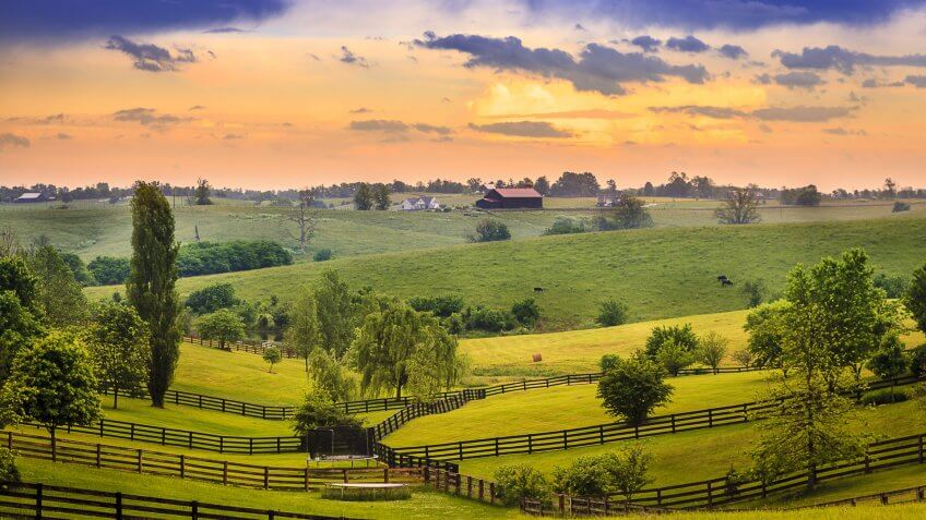 Kentucky country evening at sunset