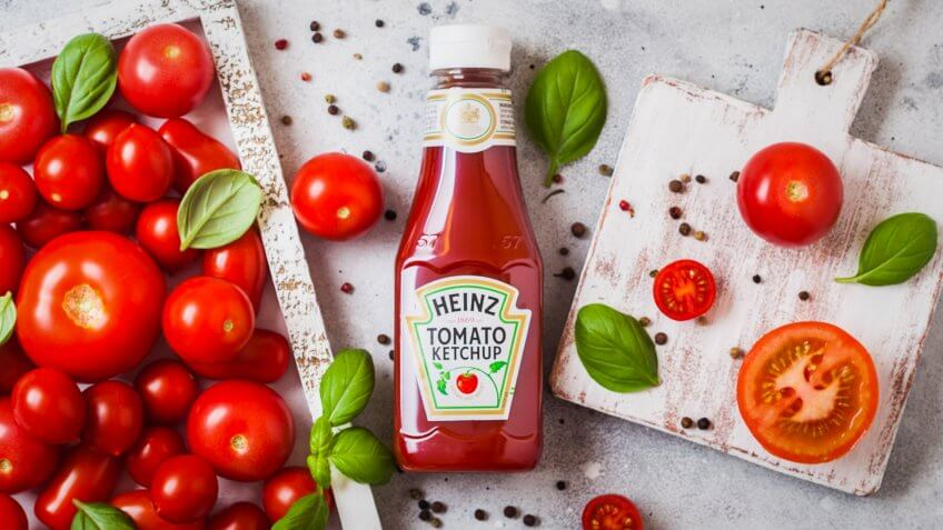 Kraft-Heinz ketchup flat lay with tomatoes