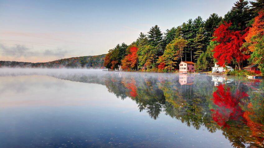 Autumn colors along Lake Mattawa in the North Quabbin Woods region of Massachusetts.