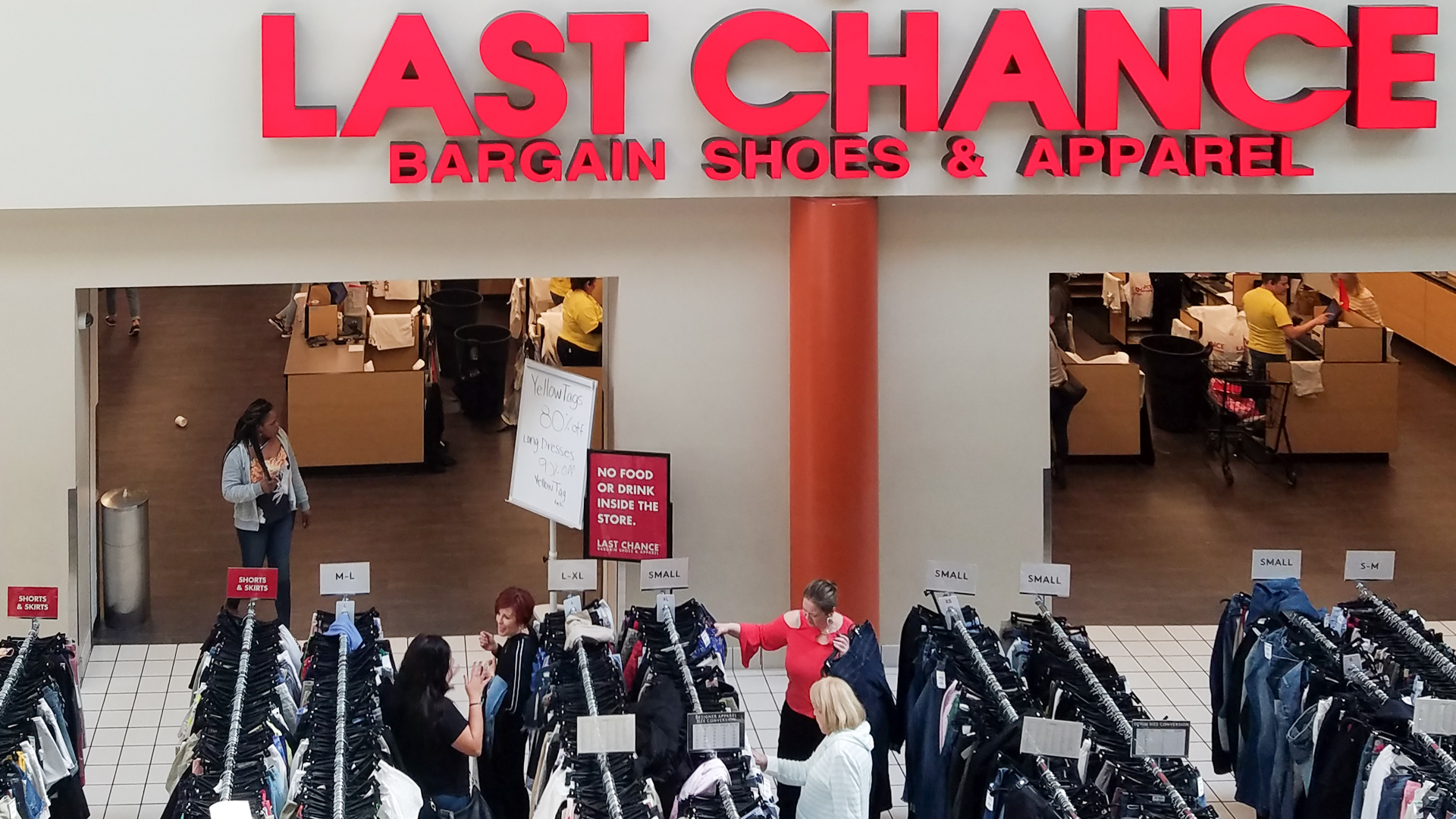 65d36e155b Shoppers Are Obsessed With This Nordstrom Outlet That's Even Cheaper Than  the Rack