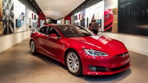 Tesla Stock Drops After Elon Musk Projects a Loss — Is Now a Good Time to Buy?