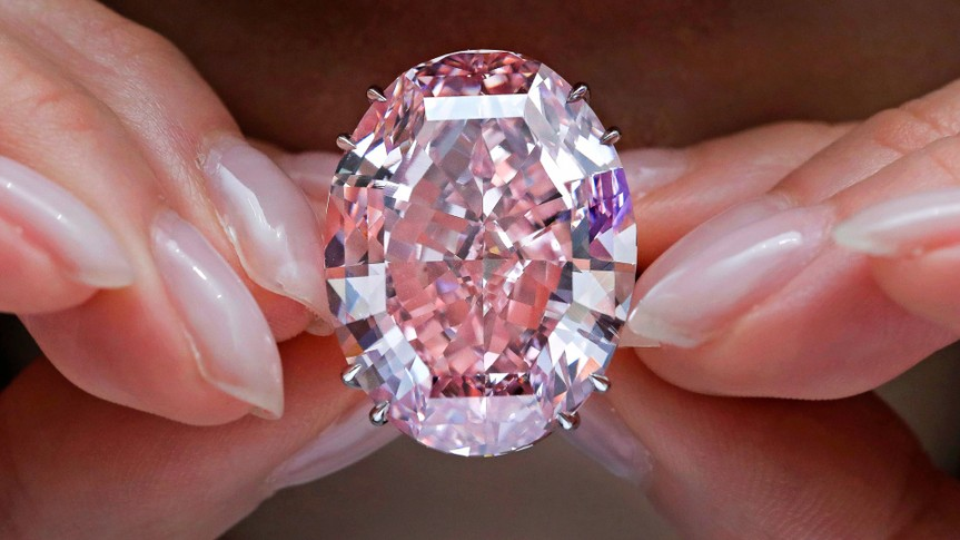 The Pink Star diamond at Sotheby's Auction