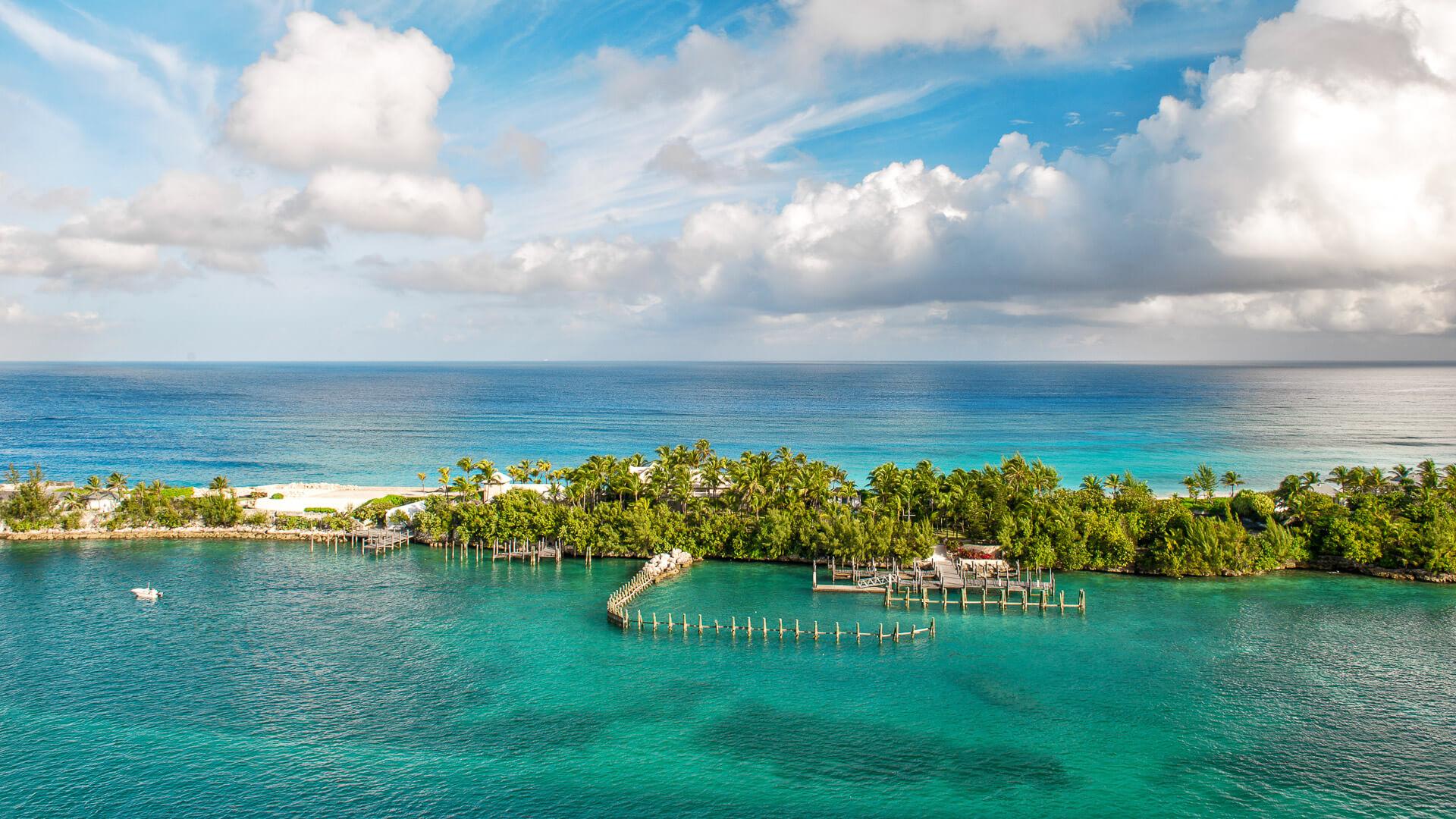 aerial view of Nassau Bahamas
