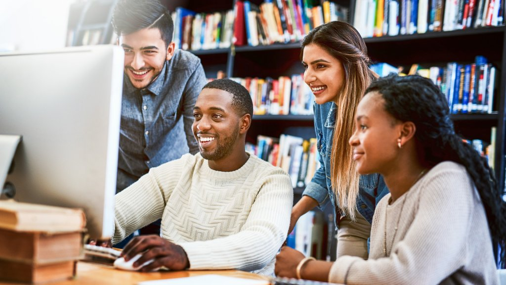 Best banking options for college students